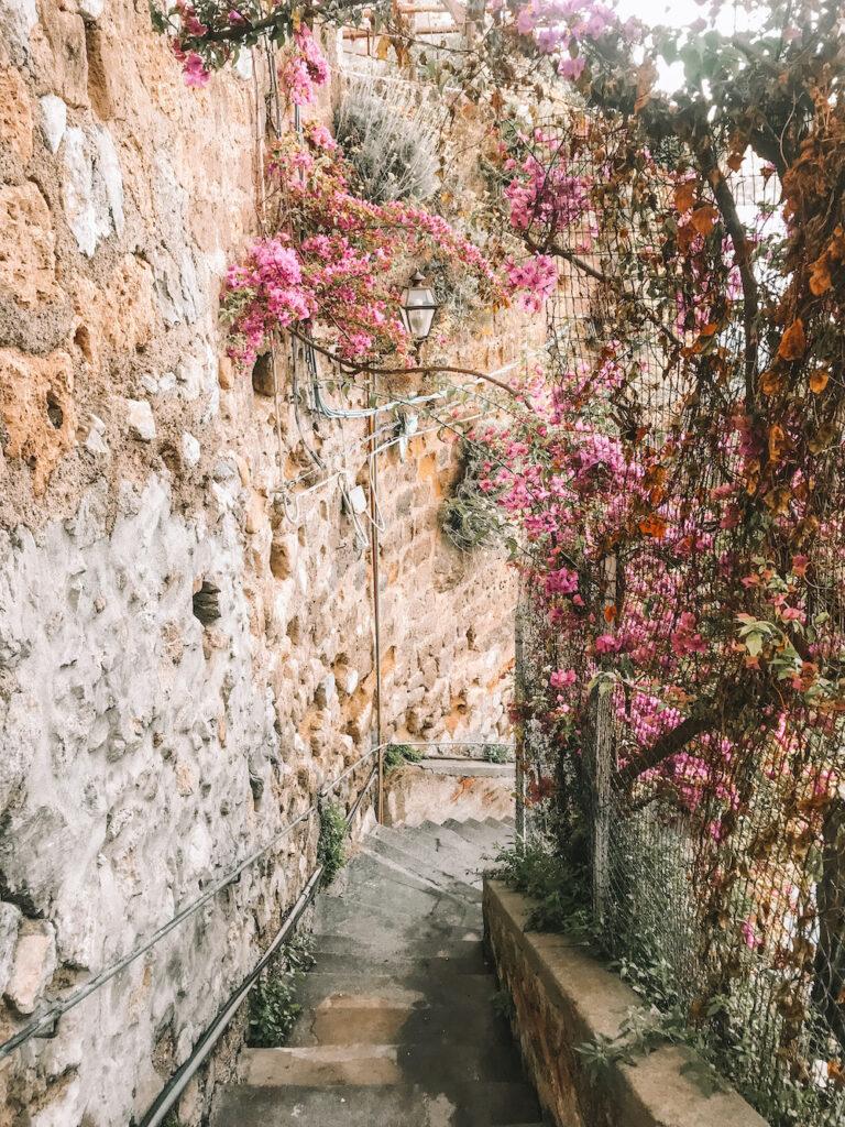 pathway in positano, italy