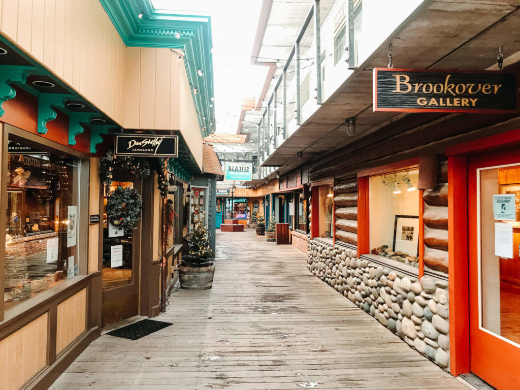 Shopping in Jackson Hole in Winter